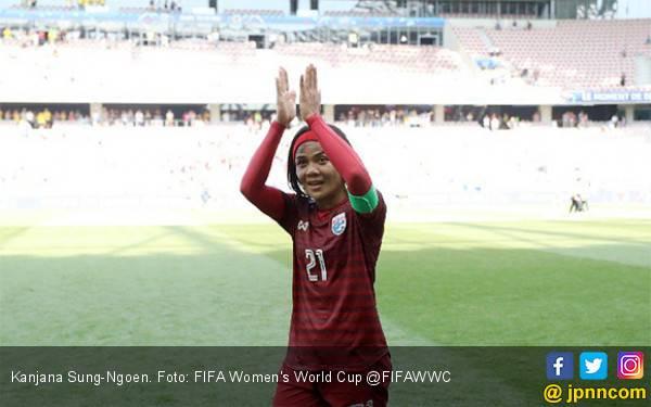 Lihat Gol Pertama Thailand di Piala Dunia Wanita 2019, Mengharukan - JPNN.com
