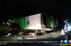 Kecelakaan di Tol Cipali, 6 Warga Wisma Asri Tewas Diseruduk Bus dari Arah Berlawanan - JPNN.com