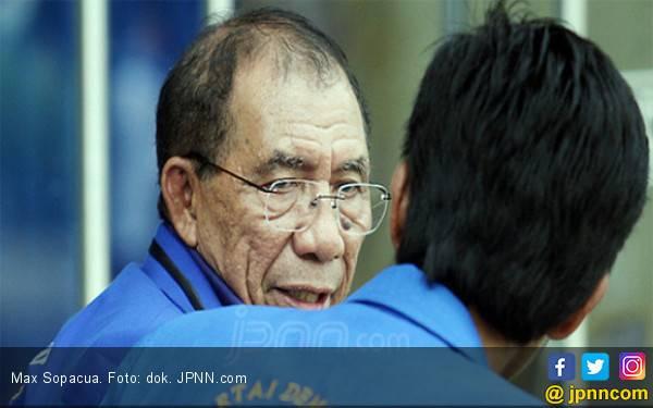 Dituding Sediakan Kursi Ketum Demokrat ke Sandiaga, Max Sopacua Sebut Andi Arief Suka Mengkhayal - JPNN.com