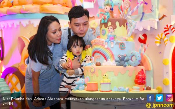 Demi Pesta Ulang Tahun Anak, Niar Rela Ganti Konsep - JPNN.com