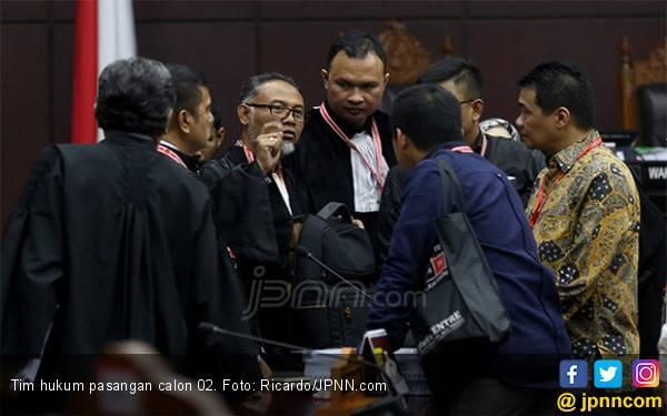 Panas! Saling Sela Antara Hakim, BW dan Luhut di Sidang MK - JPNN.com