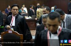 Yusril Ihza Mahendra Bantah Pemberitaan Terkait Kutipan Alquran Saat Sidang MK - JPNN.com