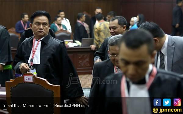 Yusril Tantang Kubu Prabowo - Sandi Ungkap Siapa yang Mengancam Saksinya - JPNN.com