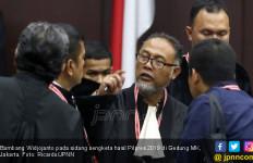 Tanggapan BW soal Haris Azhar Enggan jadi Saksi Prabowo-Sandi - JPNN.com