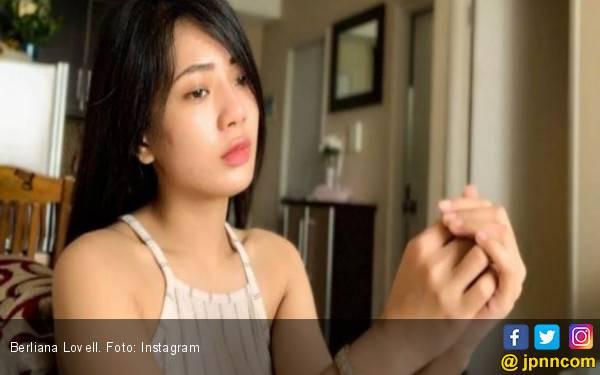 Wanita Cantik Penghina Lampung Akhirnya Meminta Maaf - JPNN.com