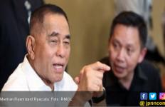 Ryamizard Ryacudu: Setiap Anggota TNI Tidak Boleh Punya Ambisi Kekuasaan - JPNN.com