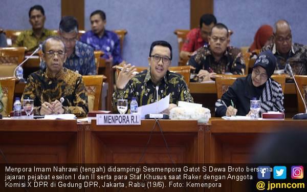 Raker Bersama Komisi X DPR RI, Menpora Sampaikan Daya Serap APBN 2018 dan 2019 - JPNN.com