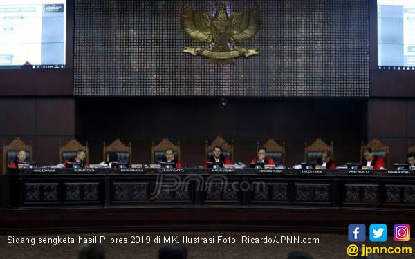 Ternyata Tim Hukum Prabowo – Sandi Belum Serahkan Bukti Penting - JPNN.com