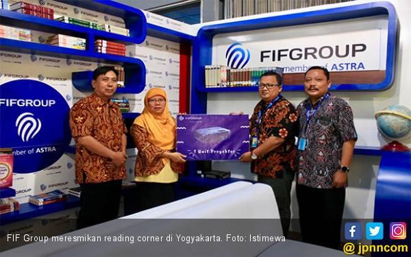 FIF Group Resmikan Reading Corner di SMKN 1 Nglipar Yogyakarta - JPNN.com