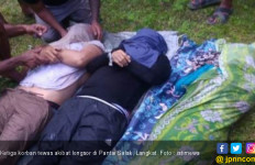 Tiga Wisatawan Tewas Tertimpa Longsor Bebatuan di Air Terjun Pantai Salak - JPNN.com