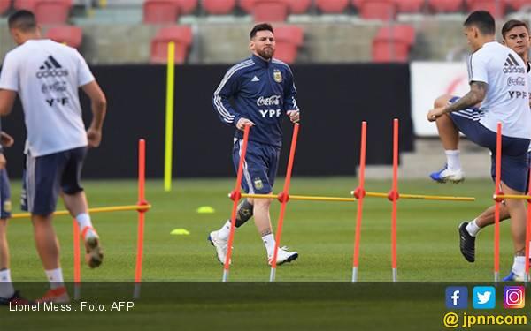 Lionel Messi: Gila Kalau Argentina Gagal Lolos Perempat Final Copa America 2019 - JPNN.com