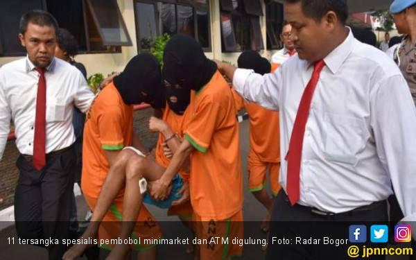 Polres Bogor Gulung 11 Bandit Spesialis Pembobol Minimarket - JPNN.com