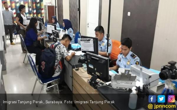 Imigrasi Tanjung Perak Bebas Calo dan Pungli, Membuat Paspor Lebih Mudah - JPNN.com