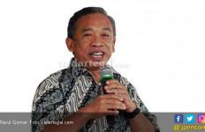 Kesandung Ijazah Palsu, Pelawak Qomar Konon Sedang Susun Disertasi - JPNN.com