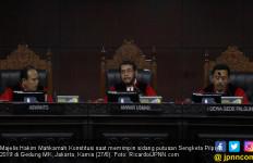 MK Tolak Dalil Pemohon Tentang TPS dan Suara Siluman - JPNN.com