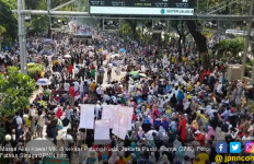 Massa Aksi Bergerak ke MK, Orator: Terdepan Insyaallah dapat Pahala Paling Besar - JPNN.com
