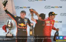 Lihat Detik - Detik Insiden Mendebarkan Verstappen vs Leclerc di F1 GP Austria - JPNN.com