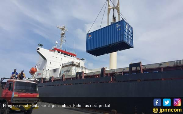 Pelayanan di Pelabuhan Pomako Papua Berjalan Normal - JPNN.com