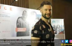 Calum Scott: Orang Indonesia Suka Bernyanyi - JPNN.com