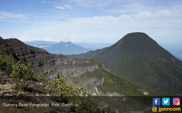 Musim Kemarau, Jalur Pendakian Gunung Pangrango Ditutup - JPNN.com