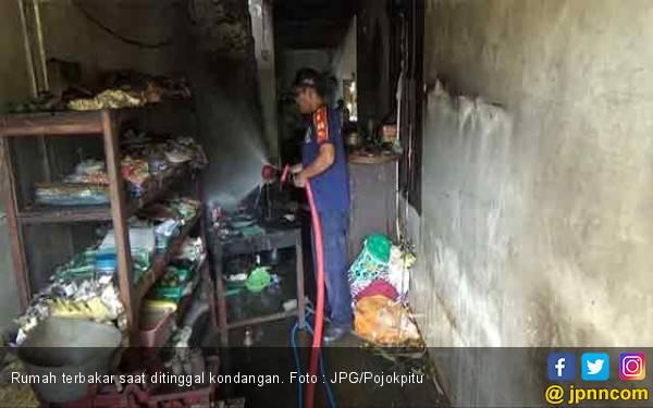 Pedihnya, Pulang Kondangan Rumah Sudah Terbakar - JPNN.com