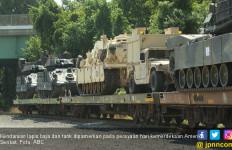 AS Pamerkan Mesin Perang di Hari Kemerdekaan - JPNN.com