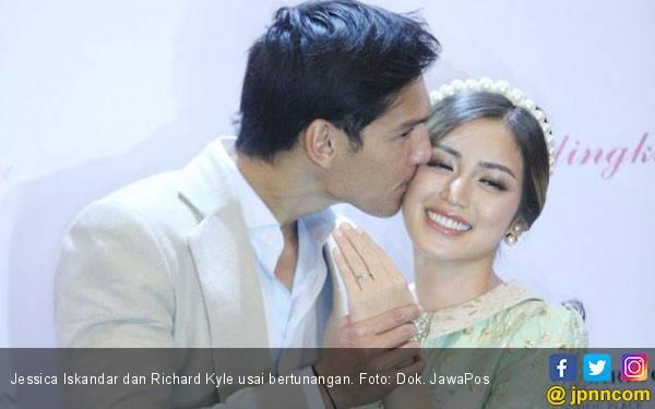 Jessica Iskandar Cari Lokasi Pernikahan di Bali - JPNN.com