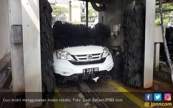 Ketahuilah, Penyebab Bodi Mobil Lecet Ketika Cuci di Mesin Robotic - JPNN.com