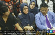 Di Komnas Perempuan, 95% Waktu Fairuz A Rafiq Dihabiskan untuk Menangis - JPNN.com