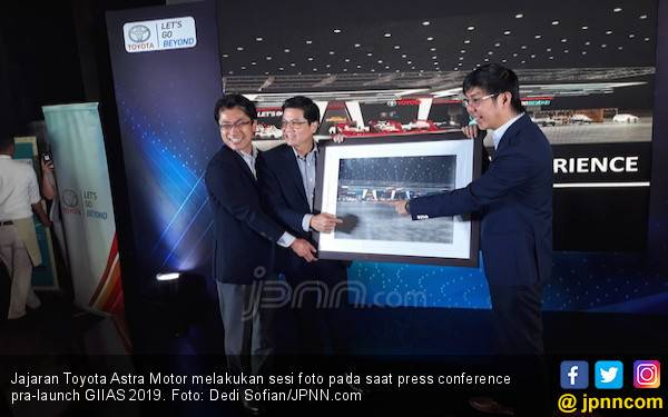 Toyota Bakal Pamer 3 Mobil Elektrifikasi di GIIAS 2019 - JPNN.com