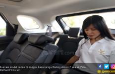 Rasanya Duduk di Bangku Baris Ketiga Wuling Almaz 7 Seater - JPNN.com