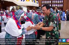 Pesan Laksamana Siwi Saat Melepas 82 Calon Jemaah Haji TNI AL 2019 - JPNN.com