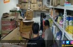 Dua Pencuri ini Padamkan Listrik Sebelum Beraksi di Minimarket - JPNN.com
