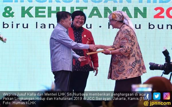 Wapres JK dan Menteri Siti Berikan Penghargaan Kalpataru Untuk 10 Pejuang Lingkungan - JPNN.com