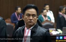 Berada di Luar Pemerintahan Jokowi, Yusril Ihza Mahendra Bilang Begini - JPNN.com