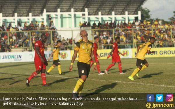 Cetak Dua Gol ke Gawang Persebaya, Rafael Silva Bungkam Para Pengkritik - JPNN.com