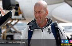 Zidane Minta Real Madrid Datangkan 2 Bintang Sebelum Jendela Transfer Ditutup - JPNN.com