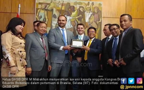 Kunjungi Negeri Samba, Misbakhun Cs Terima Info soal Indonesia Punya Material Langka - JPNN.com