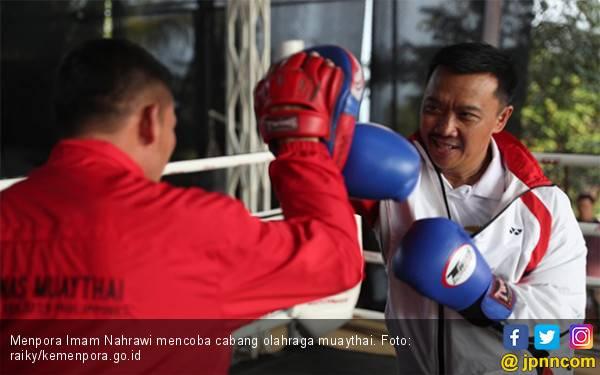 Menpora Imam Nahrawi Tinjau Pelatnas Muaythai Untuk SEA Games 2019 - JPNN.com