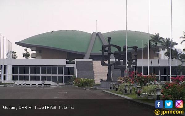 DPP Golkar Kok Gelar Rapat di Gedung DPR? Kayak Enggak Punya Kantor Saja - JPNN.com