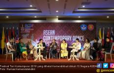 10 Negara ASEAN Meriahkan Festival Tari Kontemporer 2019 - JPNN.com