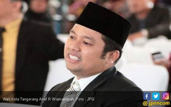 Sindiran Menkumham Dibalas Wali Kota Tangerang dengan Matikan PJU dan tak Angkut Sampah - JPNN.com