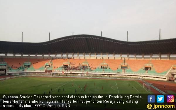 The Jakmania Boikot Laga, Rezaldi Hehanusa Kecewa Pada Panpel PS Tira Persikabo - JPNN.com