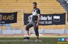 Manajemen Tunjuk Raja Faisal Jadi Pelatih PSPS Sementara - JPNN.com