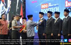 TGB Zainul Majdi Raih Penghargaan Bergengsi dari Jokowi - JPNN.com