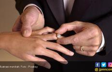 Lumayan Banyak yang Menikah di Tanggal Cantik, 2-2-2020 - JPNN.com