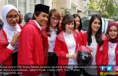 Ada Ojek Online di Balik Pertemuan Grace Natalie dan Jokowi - JPNN.com