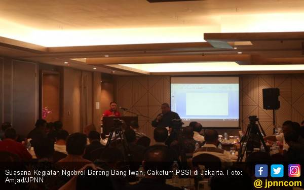 Caketum PSSI Ngobrol Bareng Anggota PSSI dari Indonesia Timur - JPNN.com