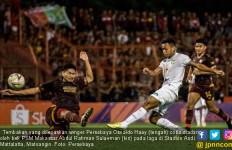 Curhat Bek PSM Makassar usai Sukses Raih Semua Gelar - JPNN.com