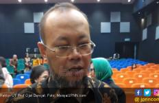 Prof Ojat Darojat Dukung Kehadiran Rektor dan Dosen Asing - JPNN.com